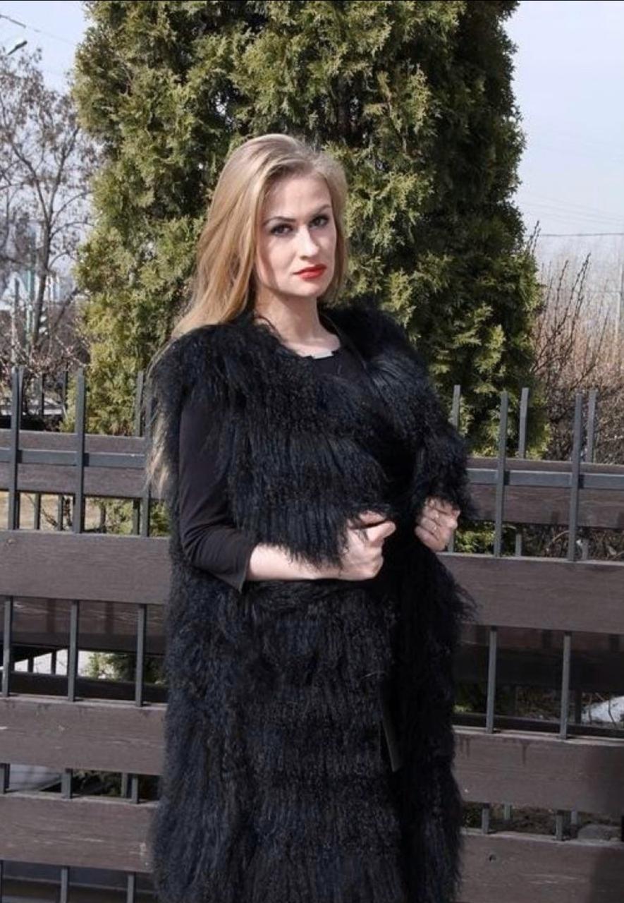 Жилеты из ламы Черный жилет из ламы